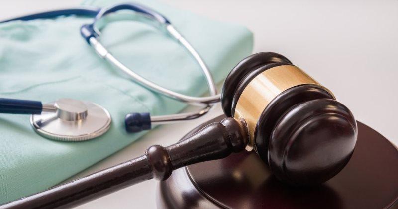 tutela legale del medico denunciato per colpa grave